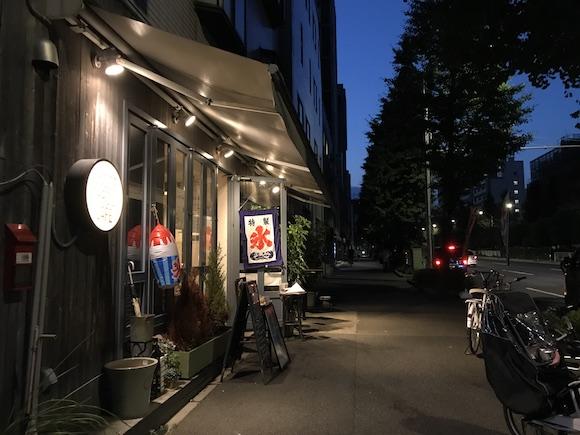 夜の店.JPG
